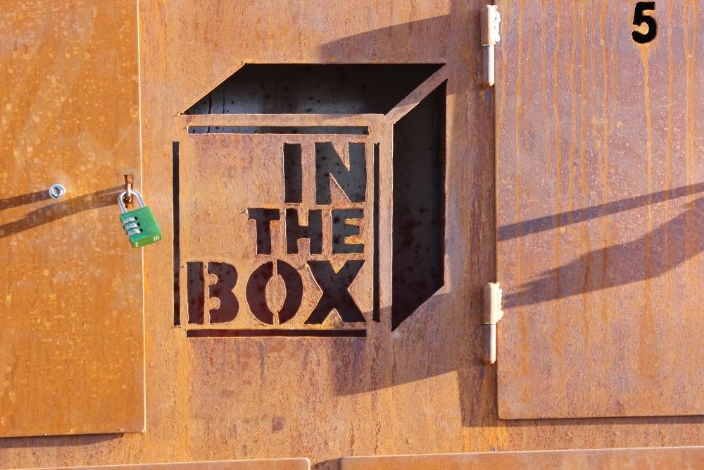 in the box - rauchzeichen.at
